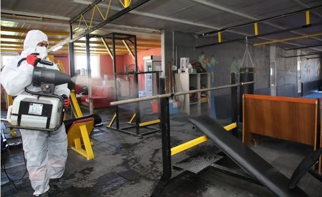 Akdeniz'de Spor Salonları Salgına Karşı Dezenfekte Ediliyor