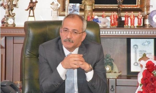 Başkan Haluk Bozdoğan, 4 Belediye Başkan Yardımcısını Görevden Aldı.