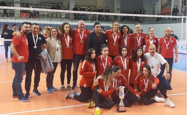 Büyükşehir GSK Kadın Voleybol Takımı Birinci Lige Çıktı.