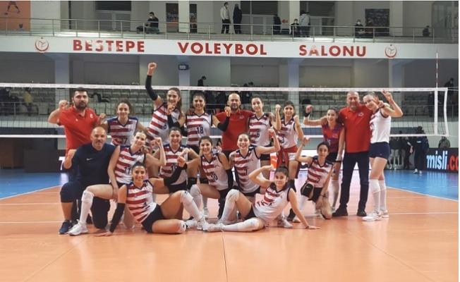 Büyükşehir Voleybol Kadın Takımı Final'de