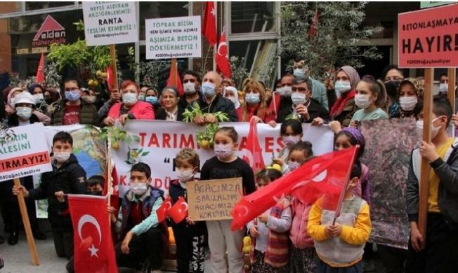 Mersin'de TOKİ'ye Karşı Eylem