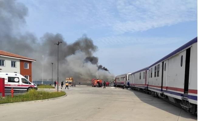Tarsus'ta Vagon Yangını Korkuttu.