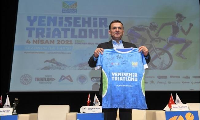 """Başkan Özyiğit: """"Triatlon Mersin'e Büyük Katkı Sunacak"""""""
