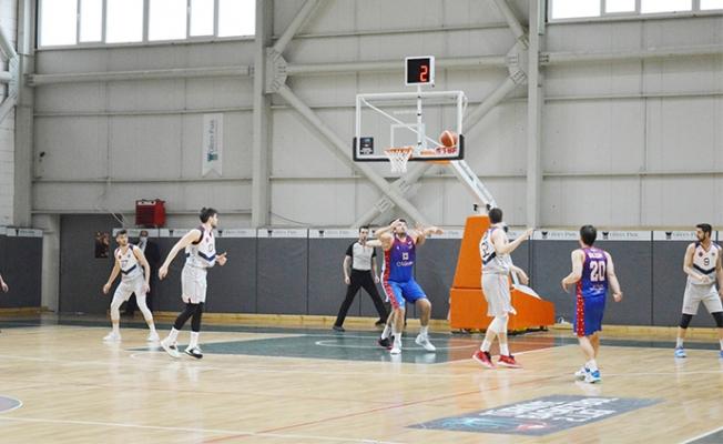 Büyükşehir Erkek Basket Takımı Yarı Finalde