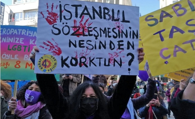 'İstanbul Sözleşmesi Bizimdir, Vazgeçmiyoruz'