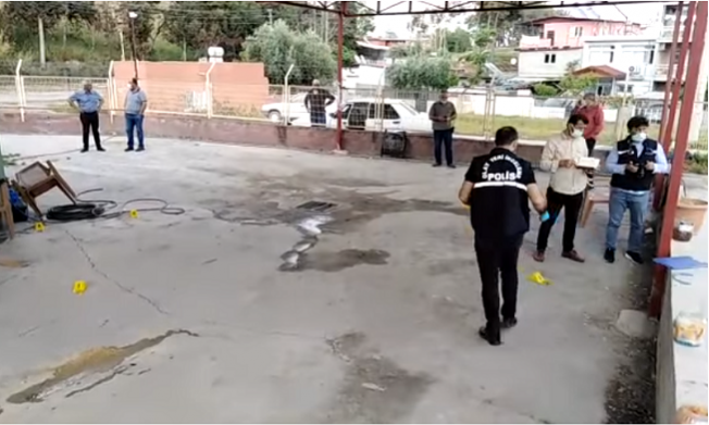 Tarsus'ta Galericiler Sitesinde Silahlı Çatışma
