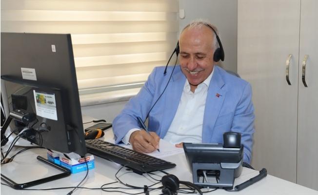 Başkan Gültak; Çağrı Merkezine Gelen Telefonları Yanıtladı.