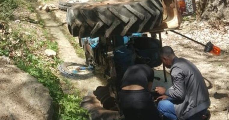 Çamlıyayla'da Traktör Sürücüsü Ölümden Döndü.