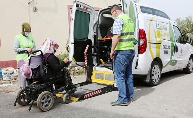 """Erdemli 'de """"Engelsiz Taksi"""" Kapanmada Sıkıntılara Çözüm"""