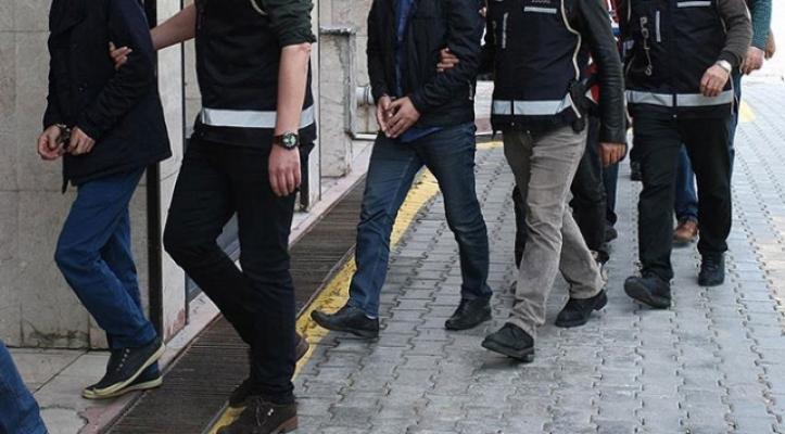 Mersin'de Uyuşturucu Operasyonunda 10 Kişi Tutuklandı.