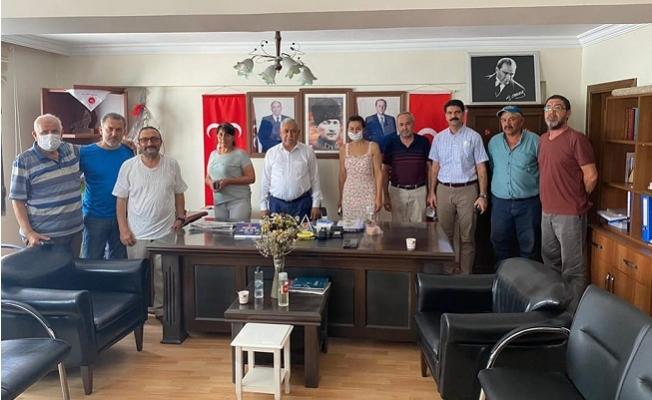 Hayvanları Koruma Kanunu İçin MHP'ye Ziyaret