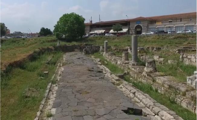 Tarsus'ta 2000 Yıllık Tarihi Yol Bakanlığa Devredildi.