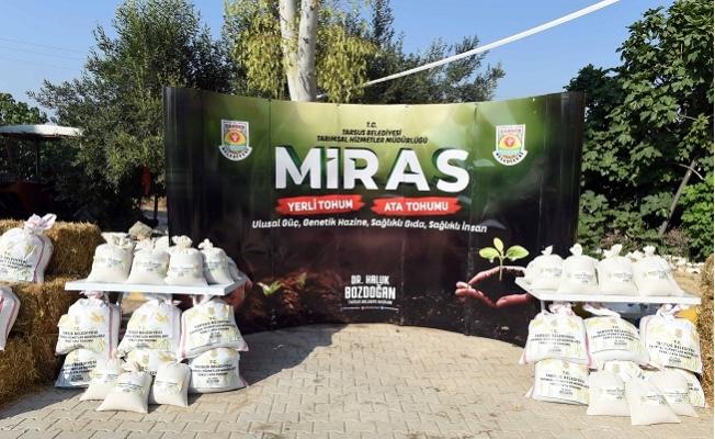 Tarsus'ta Çifçi'ye 16 Ton Ata Tohumu Dağıtıldı.