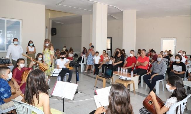 Karacailyas Kültür ve Sanat Evi'nde Dönem Sonu Etkinliği