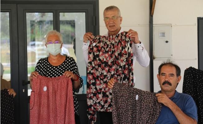 Mezitli'de Yaşayan Engelliler, Afet Bölgesindeki Kadınlar İçin Şalvar Dikti