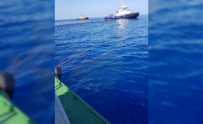 Akdeniz'deki Petrol Sızıntısına Karşı Bakanlık Harekete Geçti.