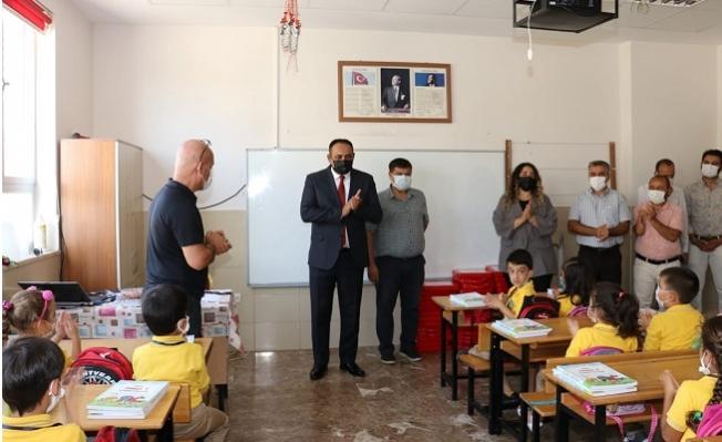 Başkan Yılmaz Yeni Eğitim Öğretim Döneminde Öğrencileri Yalnız Bırakmadı.