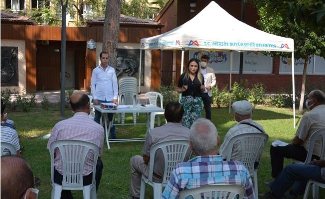 Büyükşehir, Dünya Alzheimer Gününde Mersin'de ve Tarsus'ta Yaş Almışları Unutmadı.