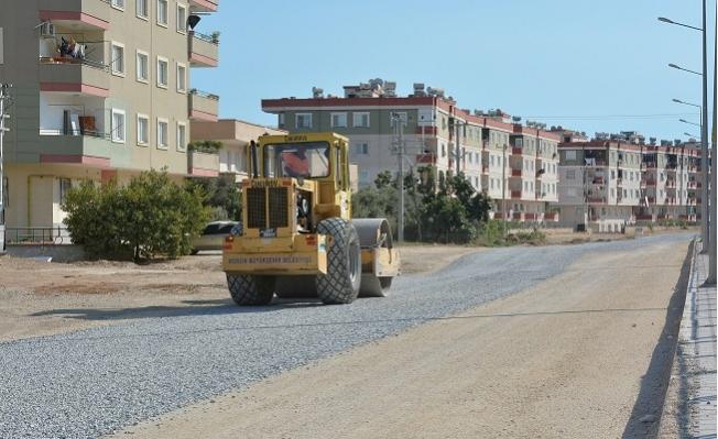 Büyükşehir Tarsus'ta Asfalt Yenileme Çalışmalarına Devam Ediyor