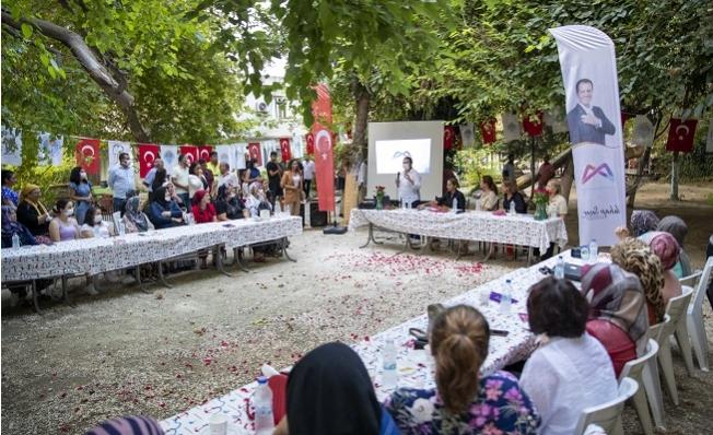 Gönüllü Kadınlar Toplantısının İkincisi Erdemli 'de Toplandı.