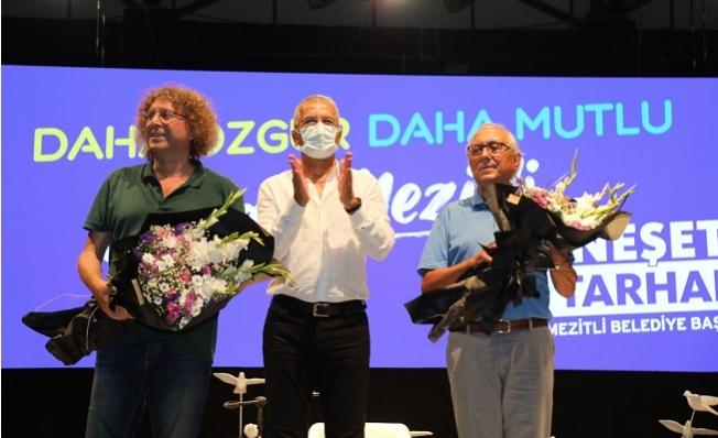 Mezitli'de, Şiirler, Şarkılar ve Güvercinler Barış için Havalandı