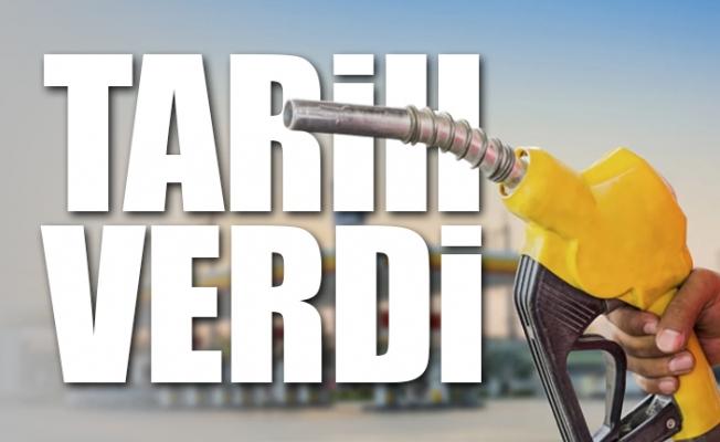 Döviz Kuru Etki Etti. Benzin Fiyatlarına Bir Zam Daha...