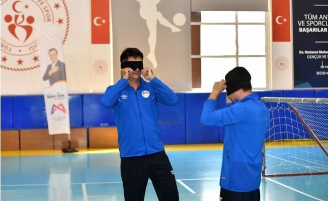 'Dünya Görme Engelliler Günü' için GoalBall Maçı Düzenledi.