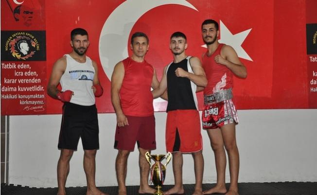 Mohikanlı Gürbüzcan'ın Hedefi Dünya Şampiyonluğu