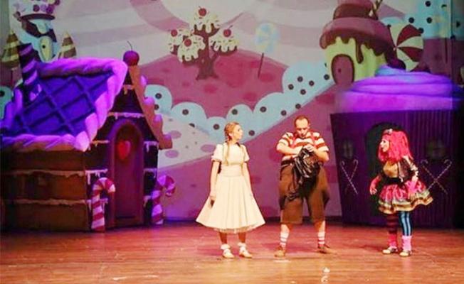 """""""Şekeronya"""" Müzikli Çocuk Oyunu 16 Ekim'de Mezitli Amfi Tiyatro'da"""
