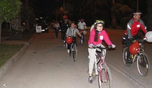 23 Nisan'ı Bisiklet Turu Atarak Kutladılar