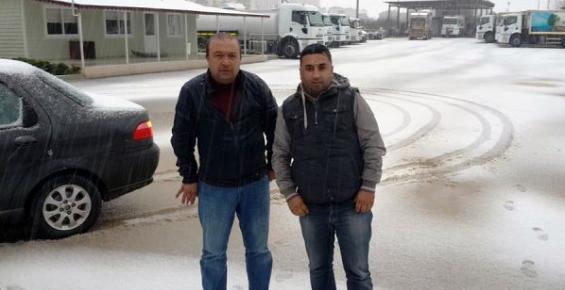 30 Yıl Sonra Mezitli'ye Kar Yağdı