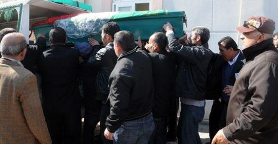 50 Bin Lirası İçin Öldürülen Nevruz, Duvağı ile Toprağa Verildi