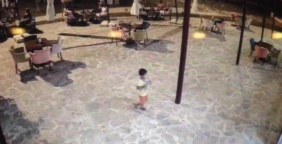 5 Yaşındaki Suriyeli Çocuğu Küfür Ettiği İçin Öldürmüş