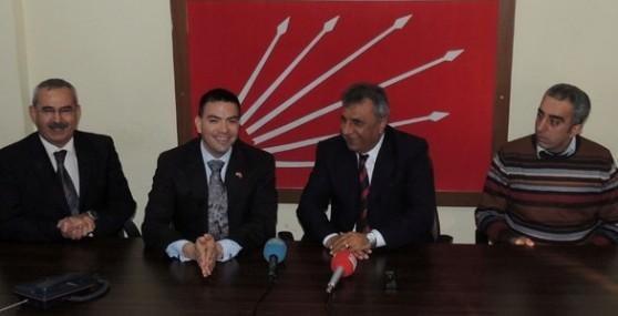 ABD Adana Konsolosu Espinoza, CHP Mersin İl Başkanlığını Ziyaret Etti.