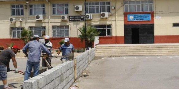 Akdeniz Belediyesinden 4 Ayda 22 Okulda Bakım-Onarım