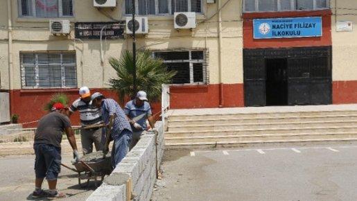 Akdeniz Belediyesi'nden Okul Ve Camilere Hizmet Desteği