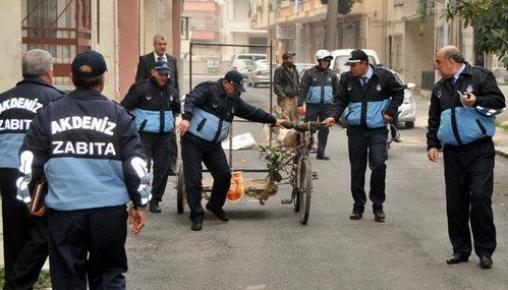 Akdeniz'de Dilenciler, Kağıt Toplayıcılar ve Seyyar Satıcılara Müdahale