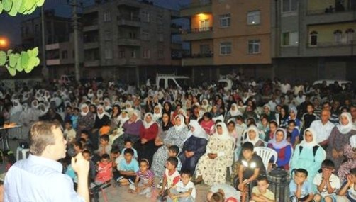 Akdeniz'de Halk Toplantıları Başladı