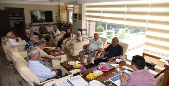 Anamur'da Huzurevi Yaptırma Ve Yaşatma Vakfı Toplandı