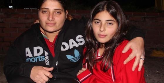 Anne Ve Kızının Sokaklardaki Çaresizliği
