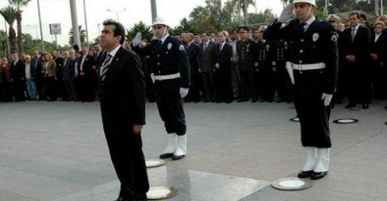 Atatürk, 73. yıl dönümünde Mersin'de Anıldı.