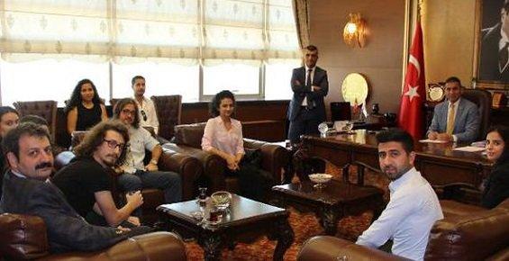 Baro Başkanı Er'den Stajyerler Avukatlara Tavsiyeler 
