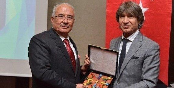 Başkan Kocamaz, Mersin'deki Bütün Otellerin 'Engelli Dostu' Olmasını İstedi