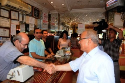 Başkan Kocamaz, Tarsus'u Geziyor
