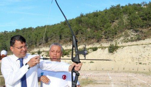 Başkan Mustafa Turgut Ok ve Trap Atışı Yaptı
