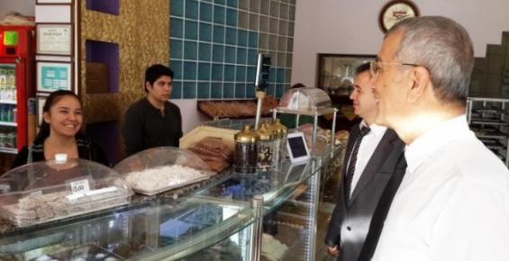 Başkan Tarhan Esnaf Ziyaretlerine Devam Ediyor