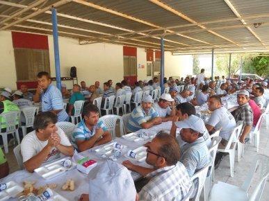Başkan Turgut, Belediye Personeliyle Yemekte Buluştu
