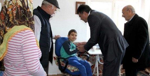 Başkan Turgut, Tevek ailesinin Yüzünü Güldürdü