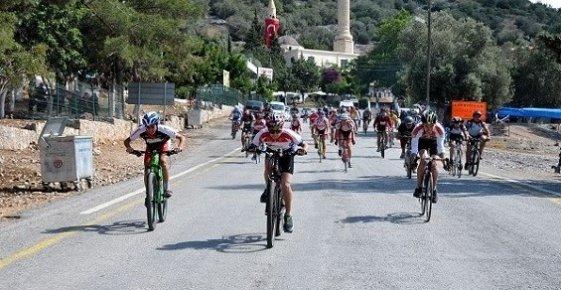 Bisikletçiler Hıdrellez İçin Pedal Çevirdiler
