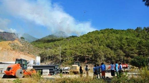 Bozyazı'da Çıkan Orman Yangınında 5 Hektar Alan Zarar Gördü